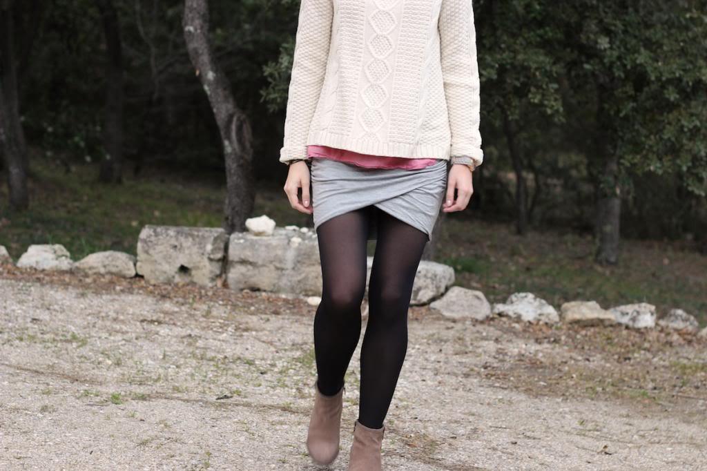 Jupe Drapée Pull Blanc