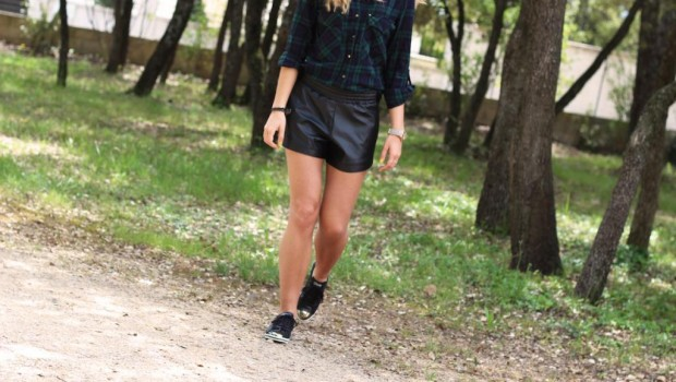 Short Simili Cuir