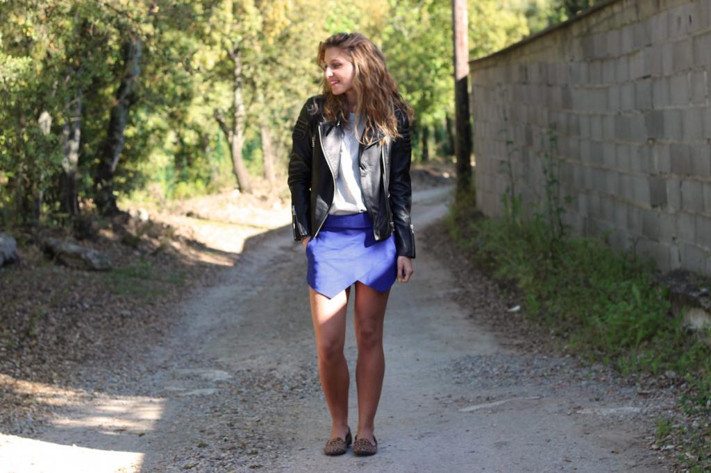 Short Jupe Bleu Asymétrique ZARA