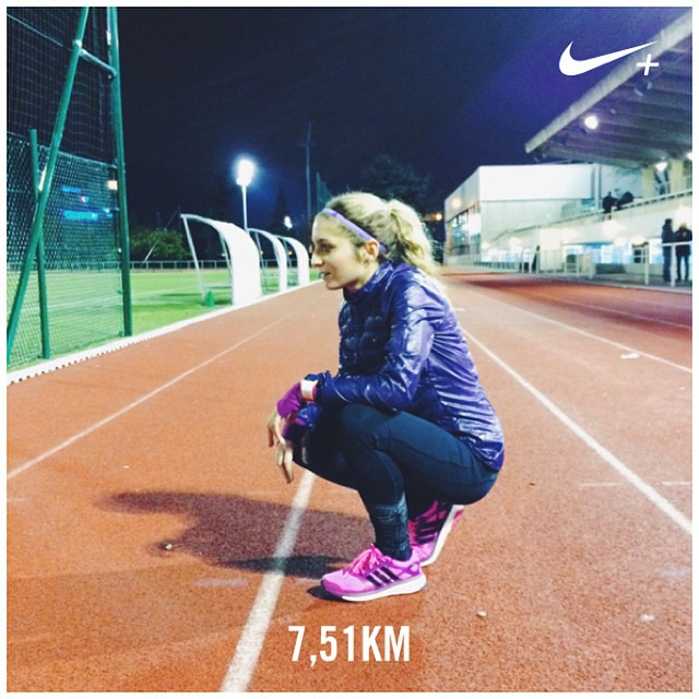 Reprise (douloureuse) du fractionné mais c'est FAIT ! ?⚡️?? Je me prepare doucement à la Prom'Classic à Nice début janvier ????#nikeplus #interval #training #running #track #trackandfield #intervaltraining #igrunneuses #instafit #fitgirl #motivation #boostyourrun #adidas #run #instarunners #getfit #girlslove2run #dubndiducrew #togethermotivated #fitspo #cap ?⚡️?