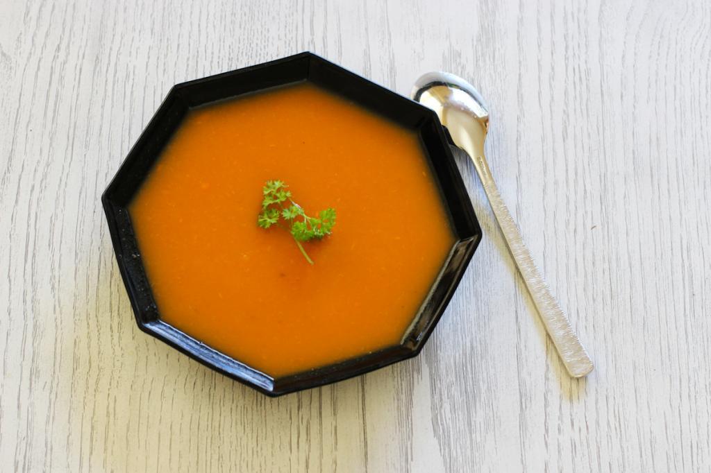 Soupe Orange : Carottes, Patates Douces et Courges #4