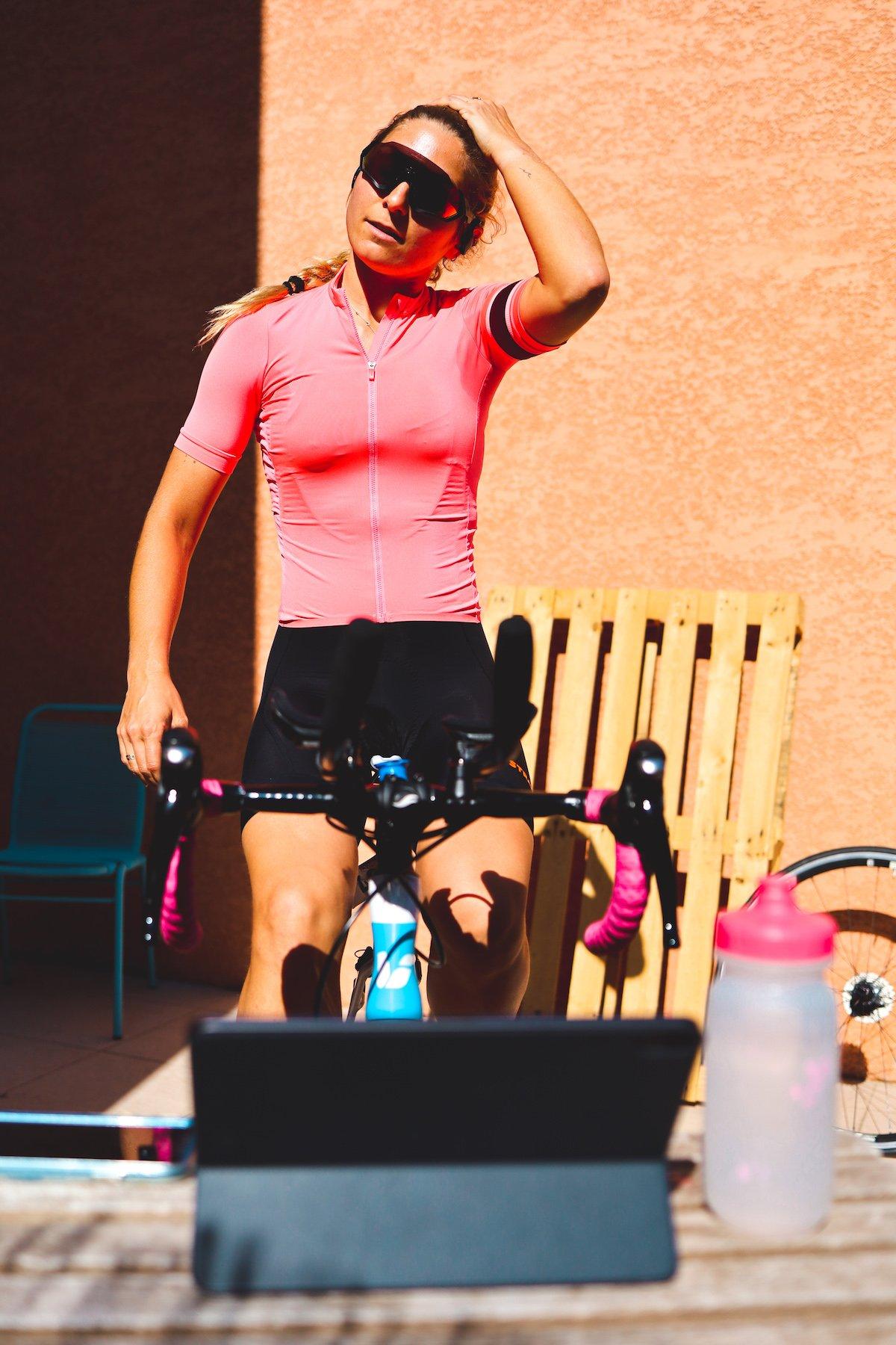 Tout savoir sur Zwift, l'appli de cyclisme à la maison (fonctionnement, connexion, équipement)